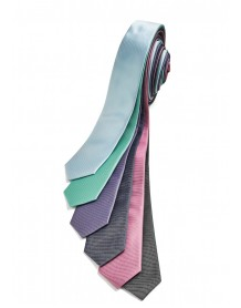 Slim Monotone Design Tie